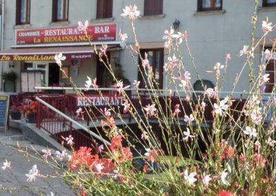 Hôtel-Restaurant La Renaissance à Saint-Cirgues-en-Montagne
